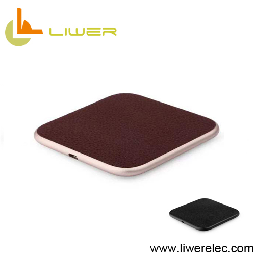 Customized leather surface wireless charger qi standard fast charge wireless charging pad